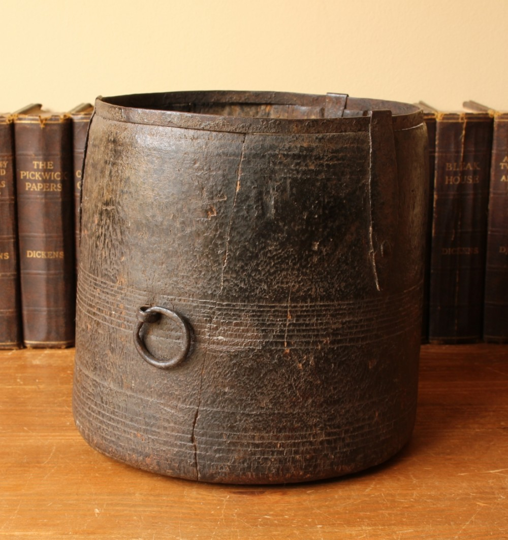 indian hand carved wooden pot mana grain measure c1850