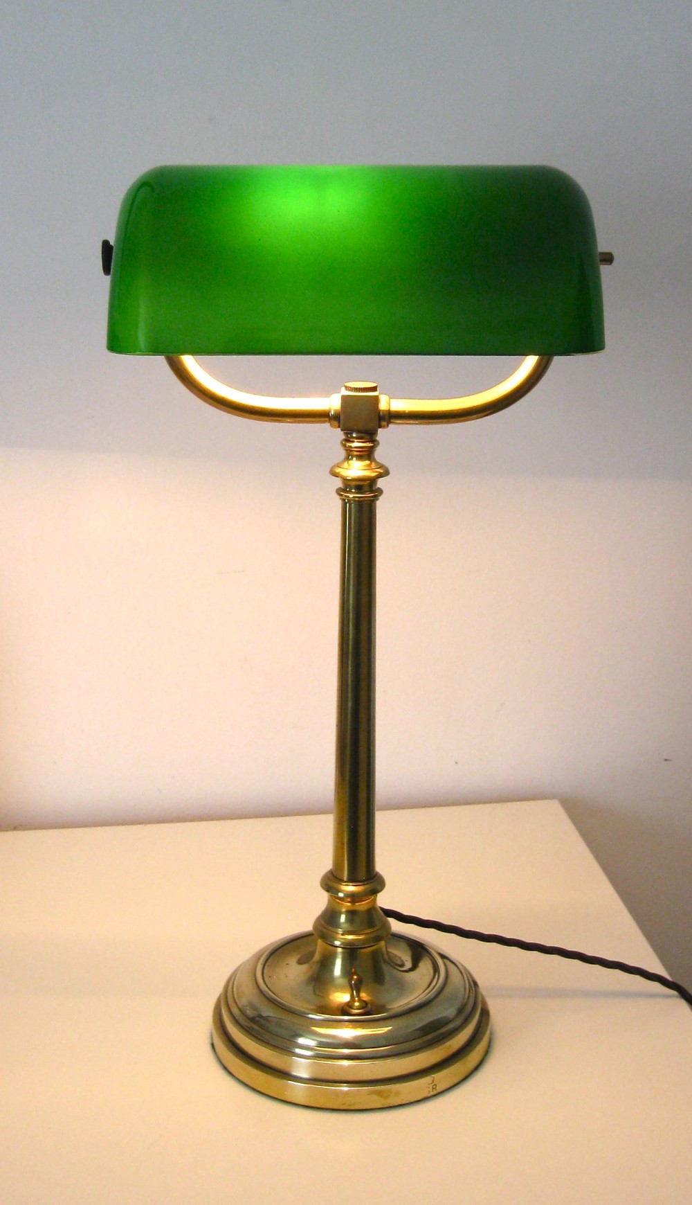 A Brass Antique Bankers Lamp 285826 Sellingantiquescouk
