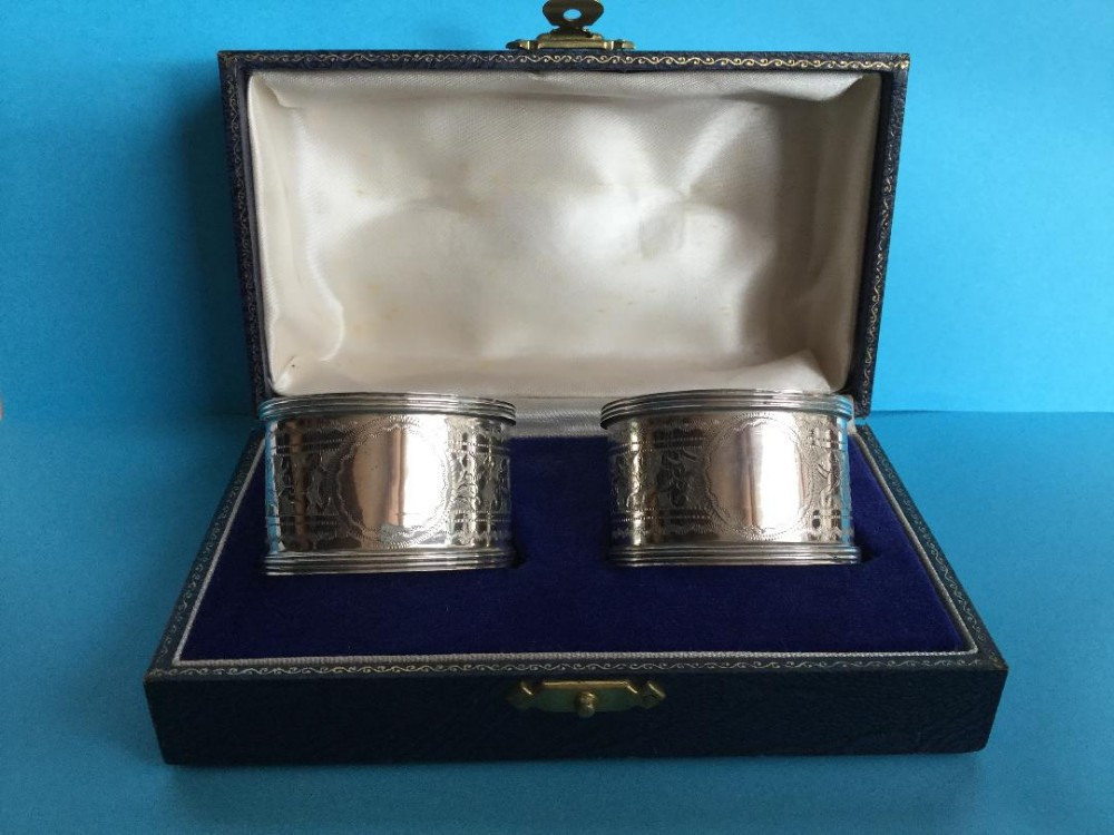 a fine pair of engraved silver napkin rings 1917
