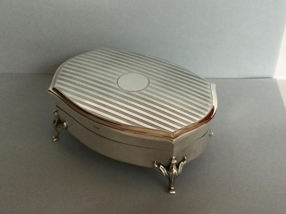 a substantial silver jewellerytrinket box 1916