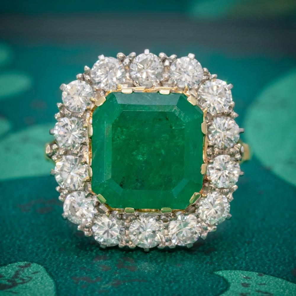 art deco emerald diamond cluster ring 18ct gold 450ct emerald circa 1920