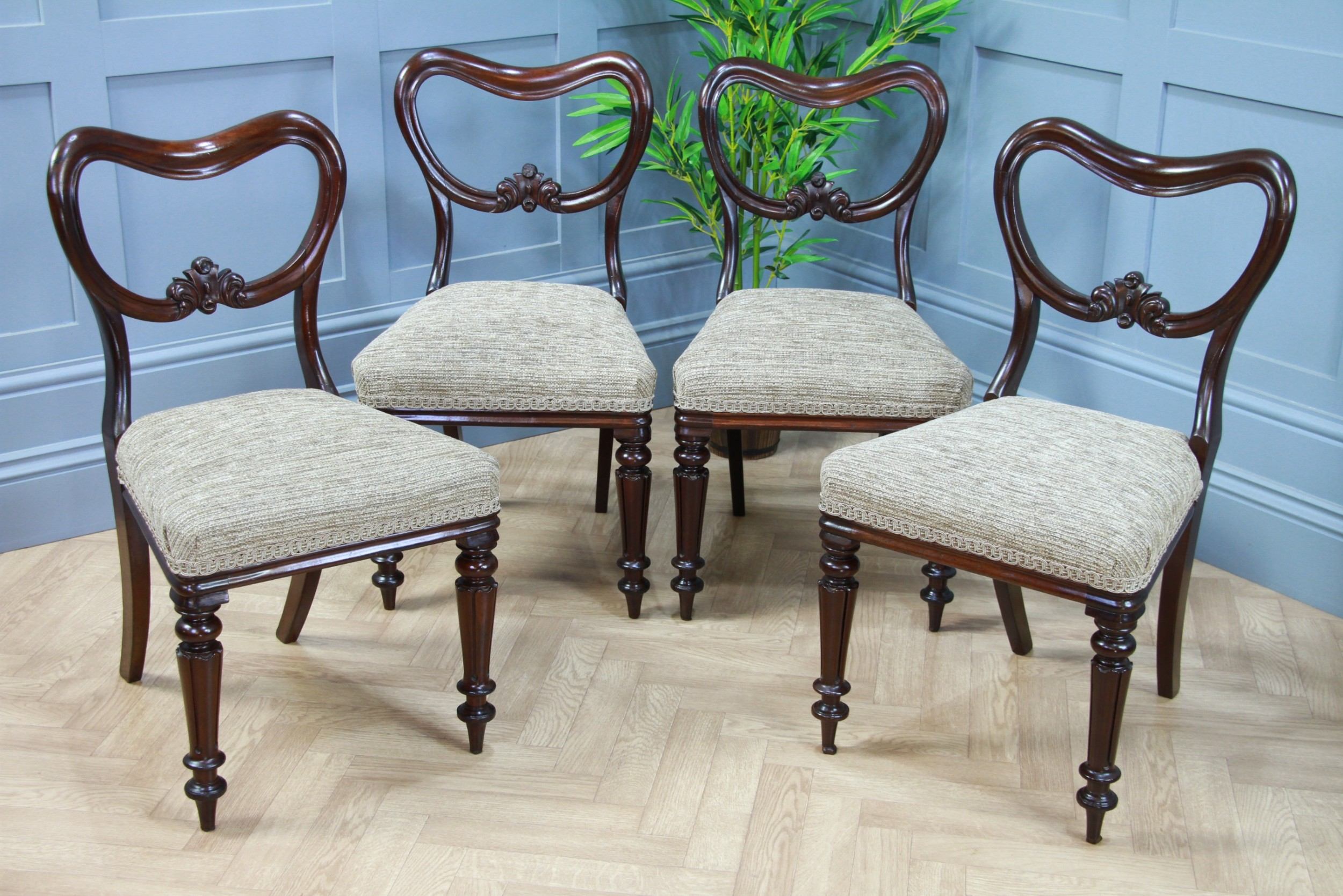 set of 4 antique original victorian mahogany kidney crown back dining chairs