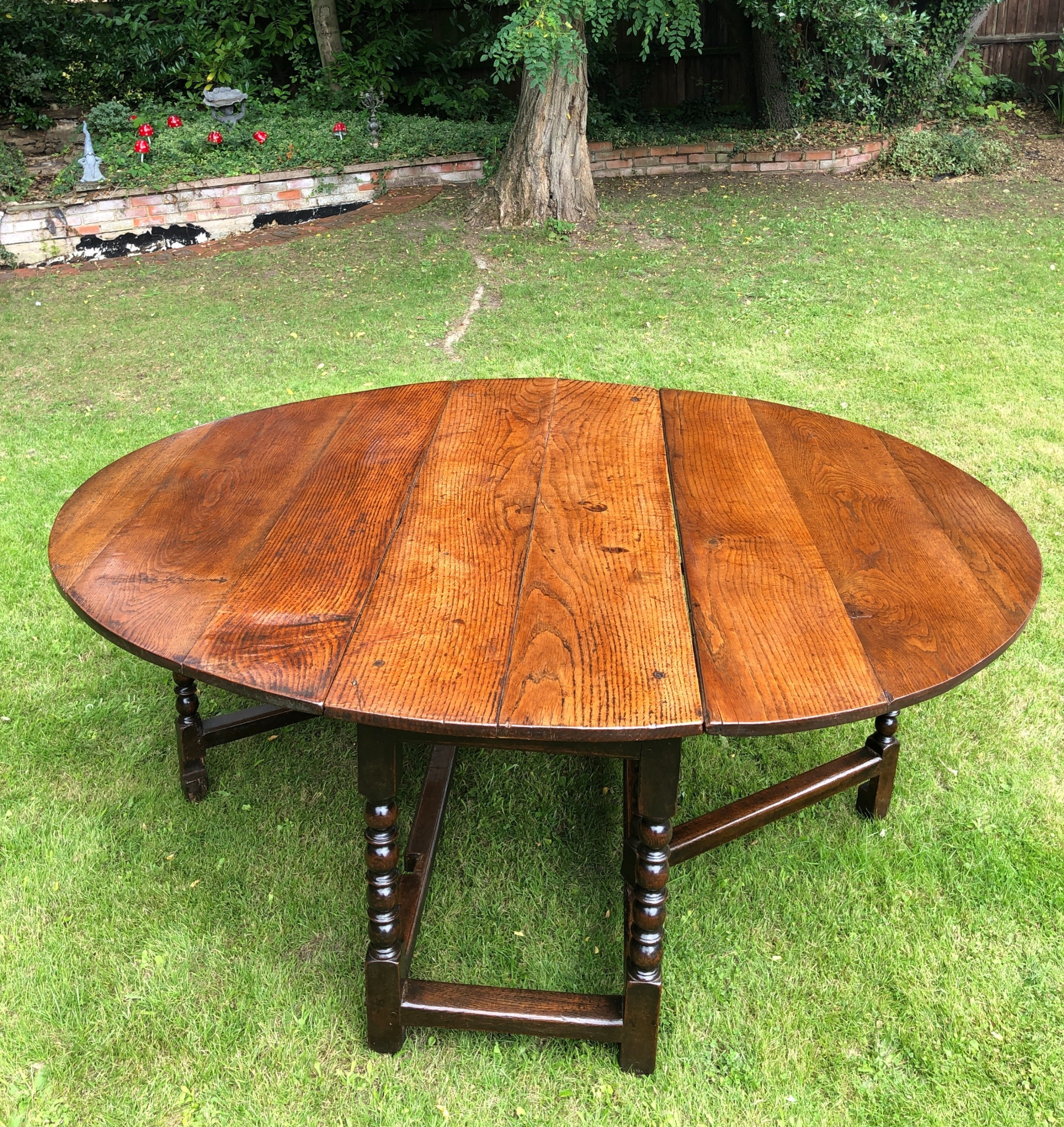 outstanding large antique 17th century oak gate leg dining table