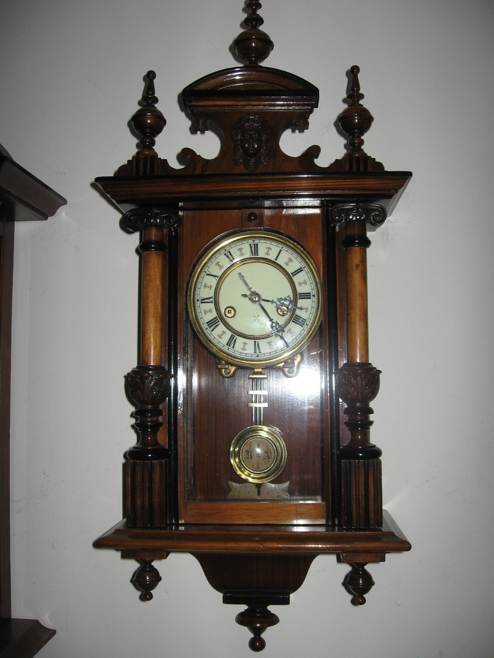 The Antique Wall Clocks