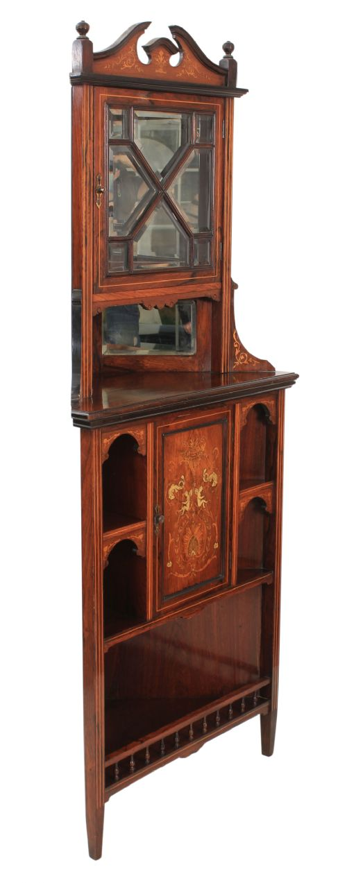 Dated 1900 - Antique Corner Cupboards - The UK's Largest Antiques Website