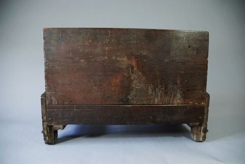 18thc oak coffer bach - photo angle #4
