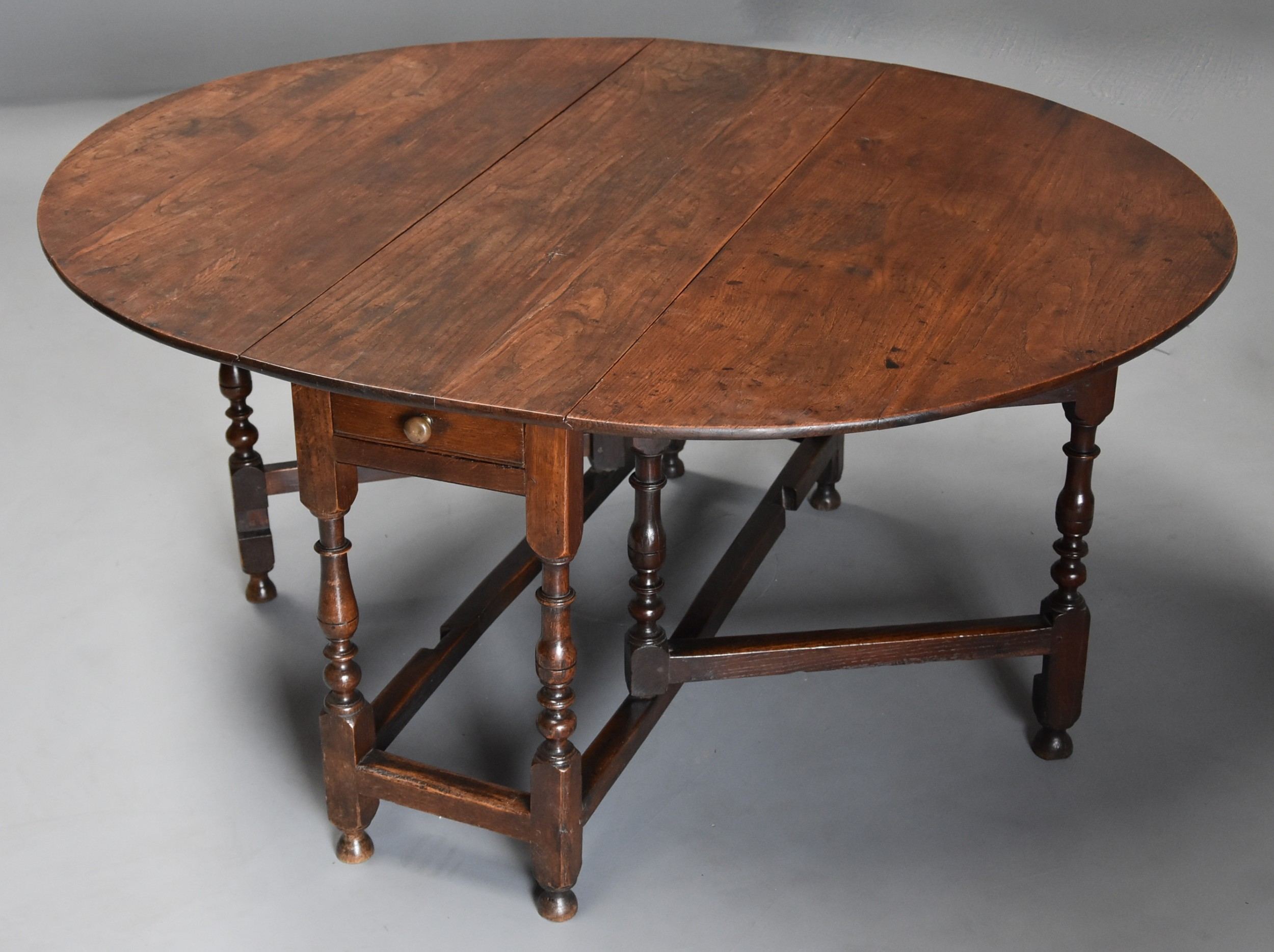 late 17th century oak gateleg table of good versatile size with fine patina