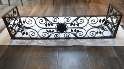 A Wrought Iron Pierced Fender | 329955 | Sellingantiques.co.uk