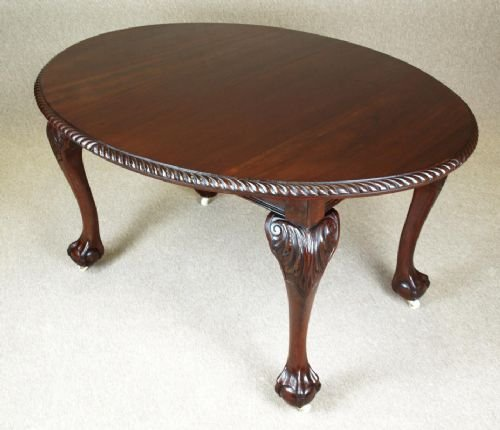 Late Victorian Mahogany Oval Claw Amp Ball Dining Table