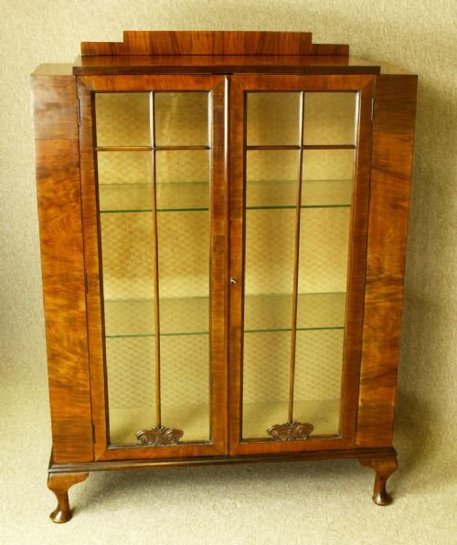 Art Deco Walnut China / Display Cabinet | 157229 | Sellingantiques ...