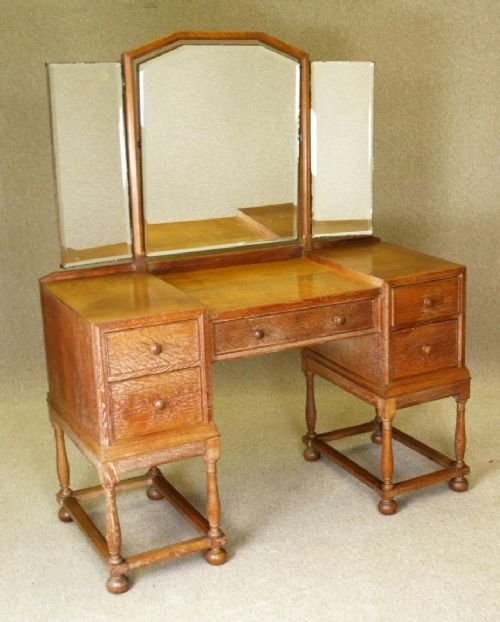 Heal Son Limed Oak Dressing Table Circa - Antique oak dressing table