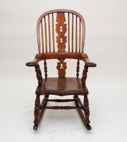 rocking chair - photo angle #4