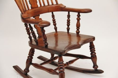 rocking chair - photo angle #5