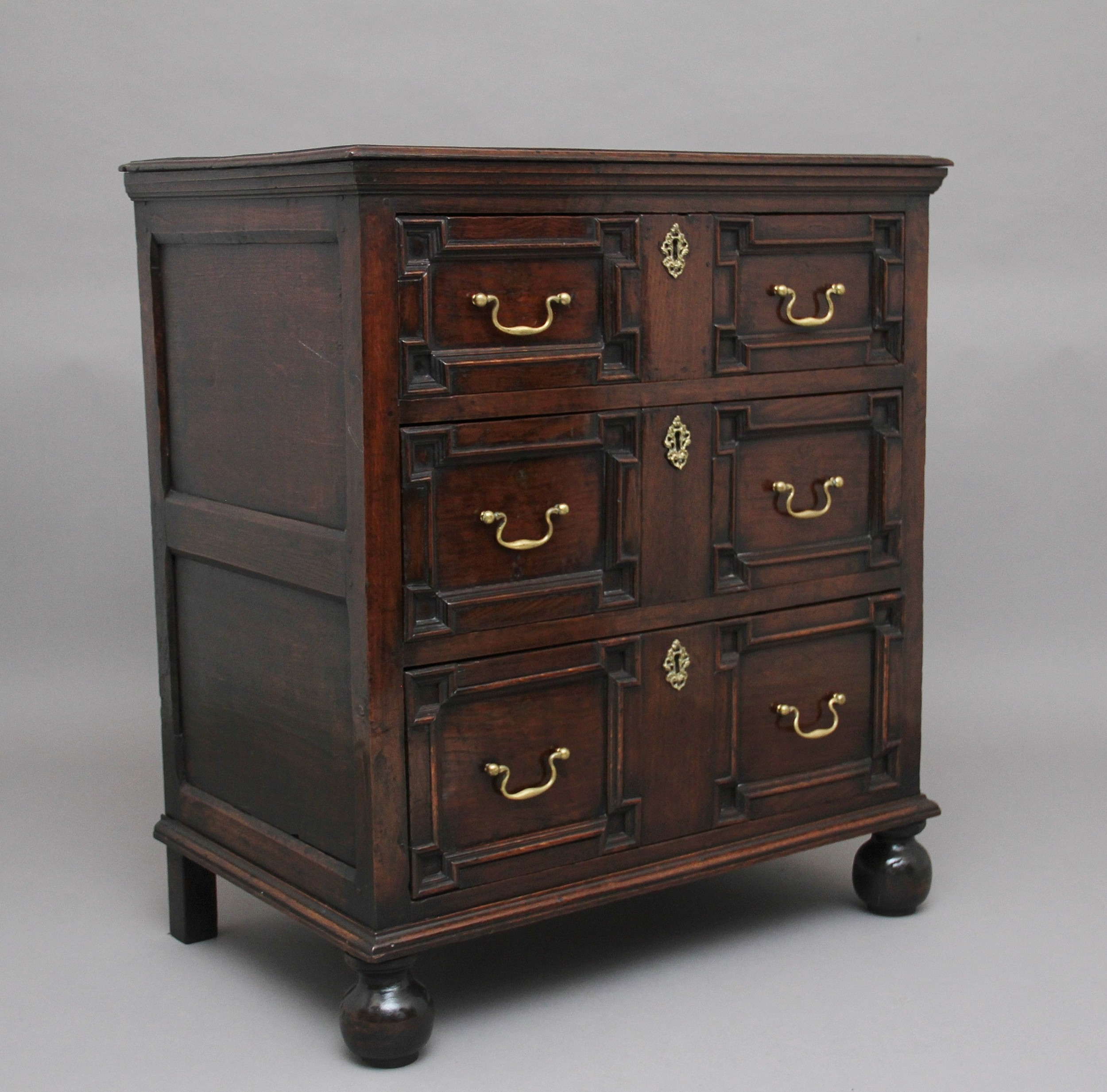 mid 18th century oak moulded front chest of drawers