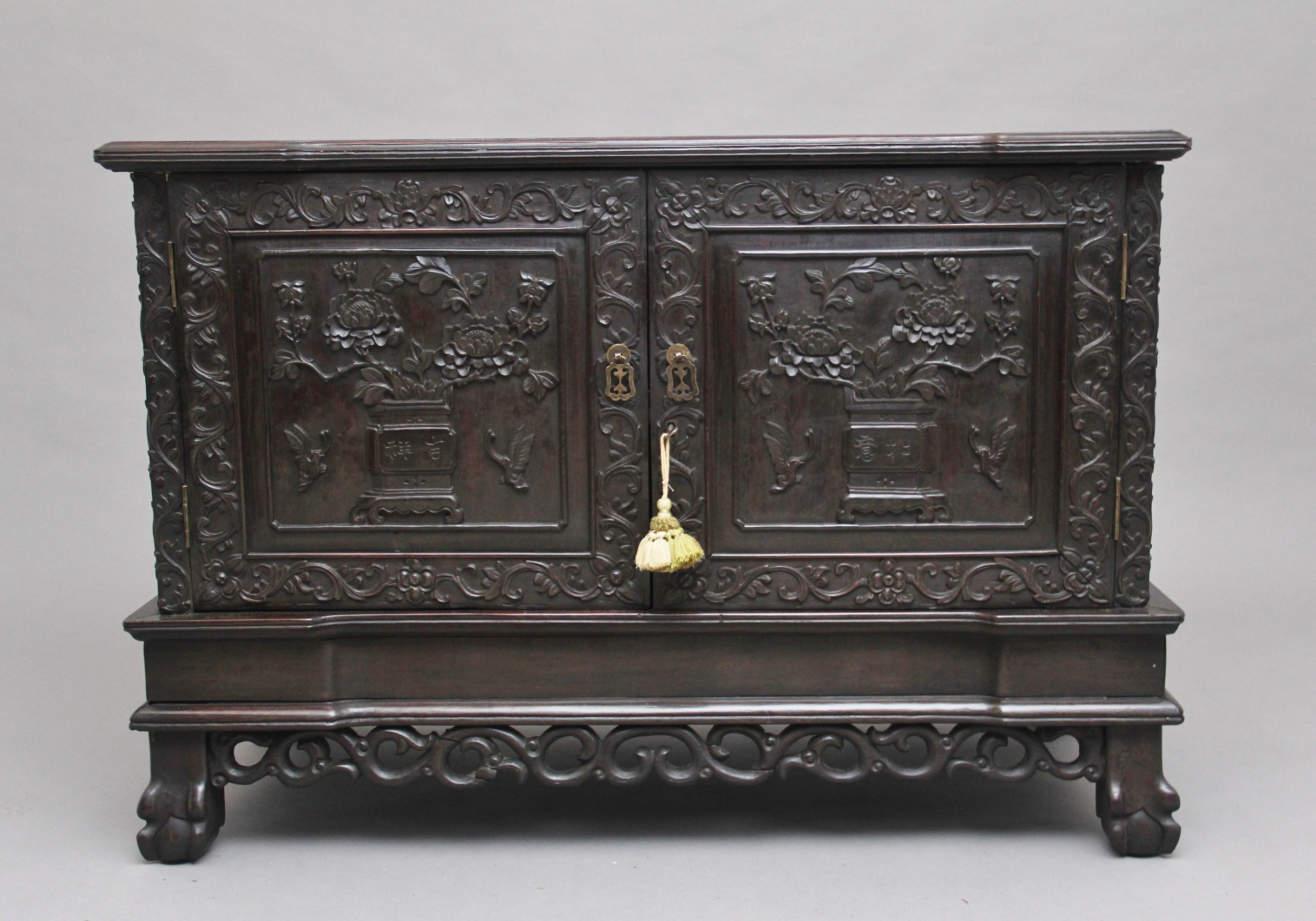 19th century chinese carved cabinet