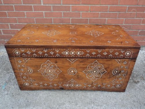 Antique inlaid anglo indian camphor trunk coffee table blanket box 228730 Indian trunk coffee table