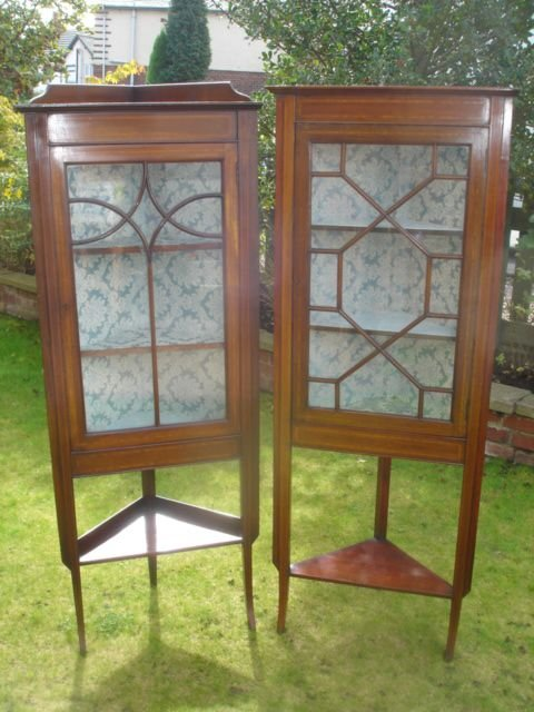 pair edwardian inlaid mahogany corner display cabinets vitrene