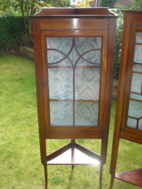 pair edwardian inlaid mahogany corner display cabinets vitrene - photo angle #2