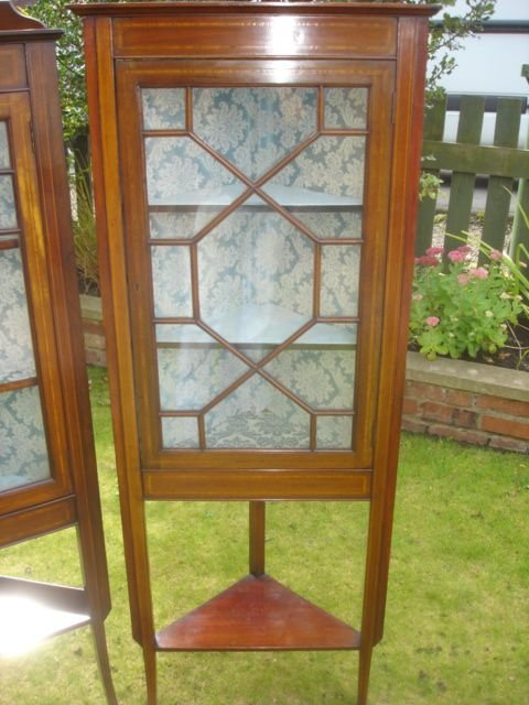 pair edwardian inlaid mahogany corner display cabinets vitrene - photo angle #3