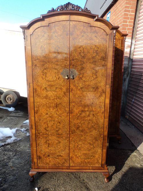 Antique Burr Walnut Single Wardrobe Armoire 203606