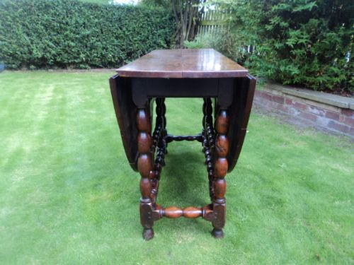 early 18th century oak drop leaf dining table kitchen table - photo angle #4