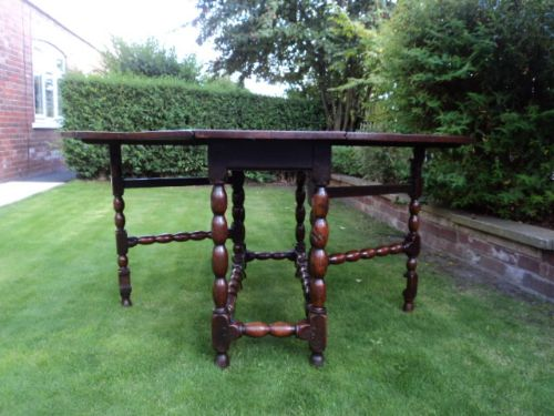 early 18th century oak drop leaf dining table kitchen table - photo angle #14