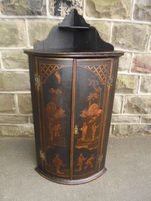 antique lacquered japanned wall hanging corner cabinet - Antique Lacquered Japanned Wall Hanging Corner Cabinet 341151