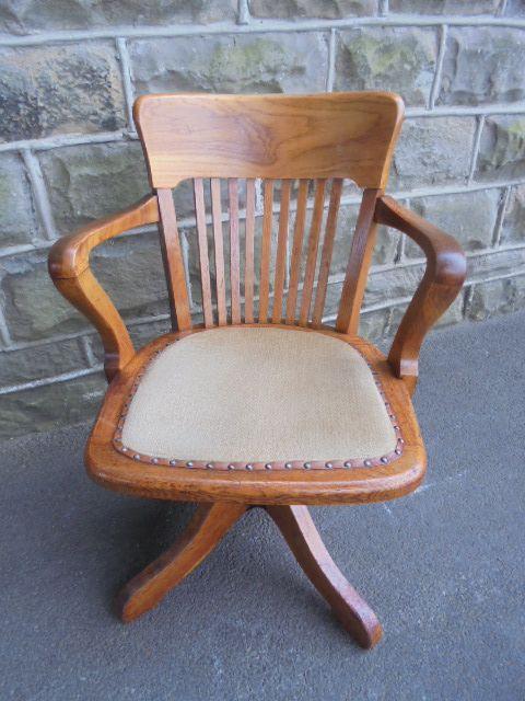 antique light oak swivel desk chair office chair - Antique Light Oak Swivel Desk Chair Office Chair 353492