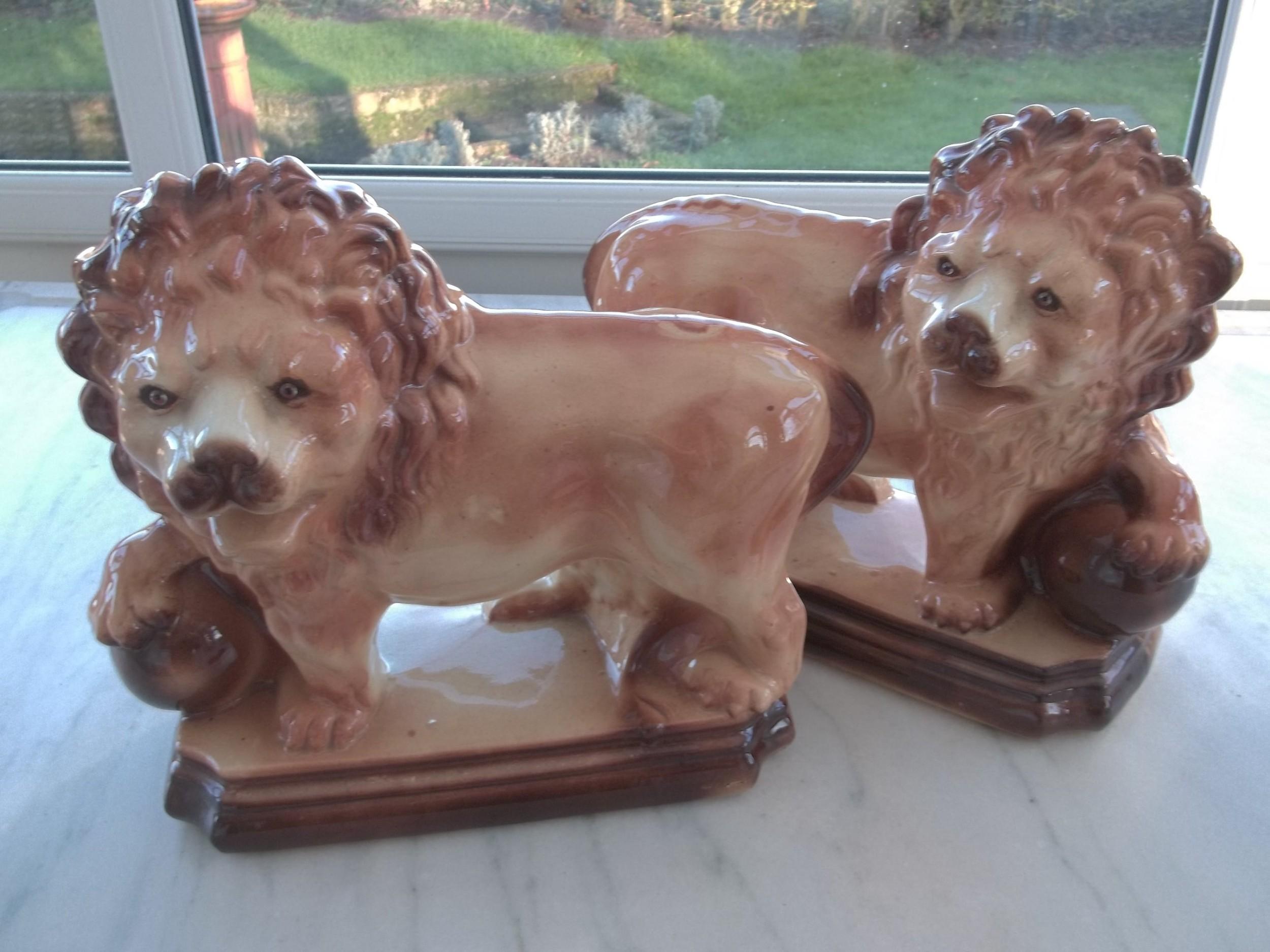 pair of scottish bo'ness lions
