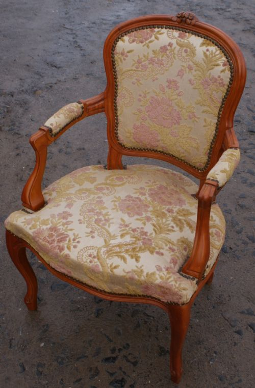 Super French Louis Style Upholstered Bedroom Chair
