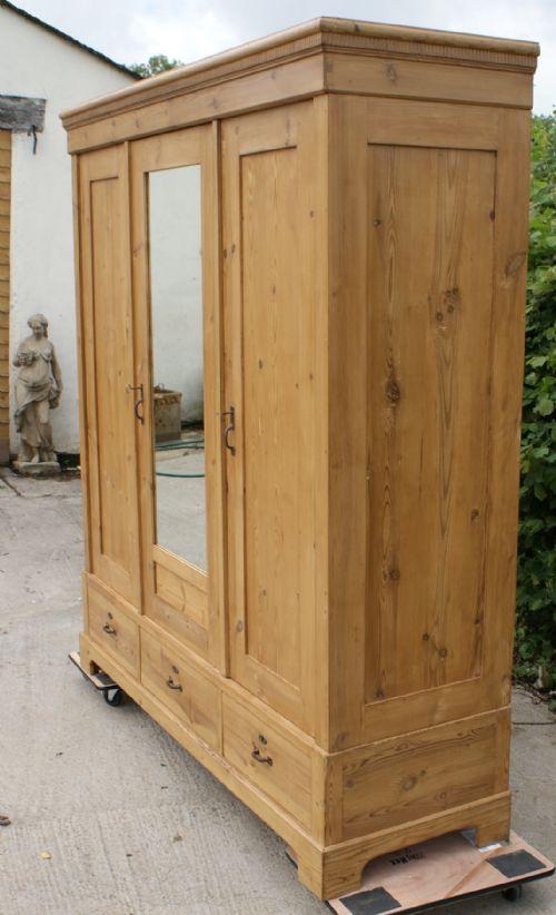a super 19th century very large antique dutch solid pine. Black Bedroom Furniture Sets. Home Design Ideas