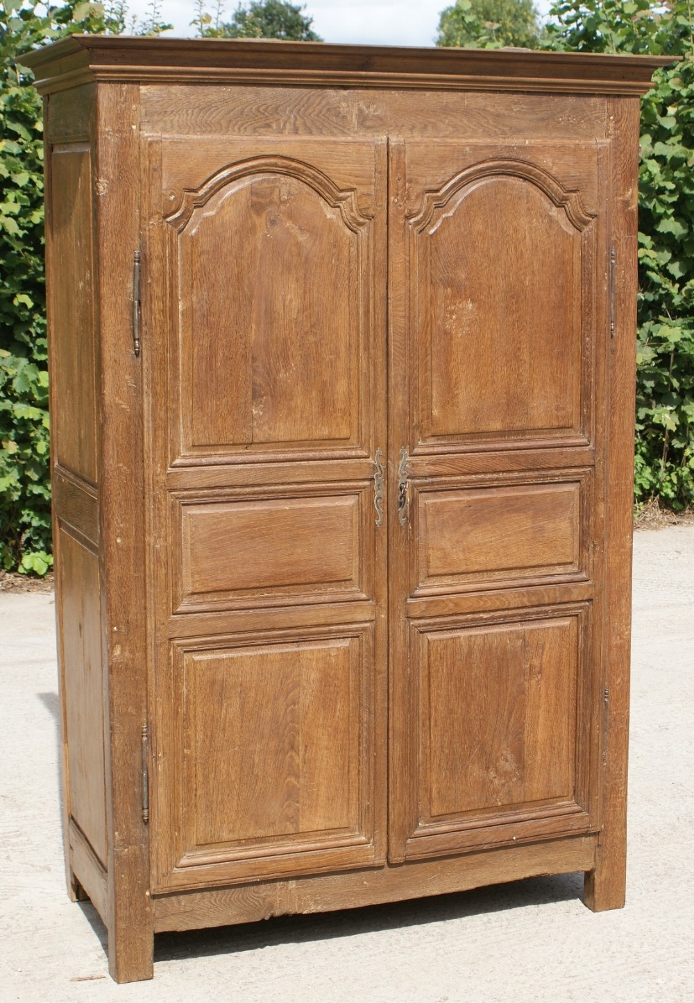 fantasti early 19th century small antique french oak armoire wardrobe