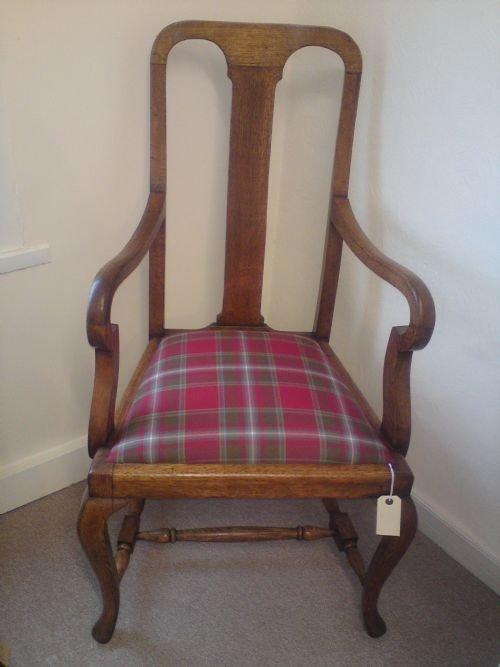 Queen Anne Style Oak Open Armchair 57251