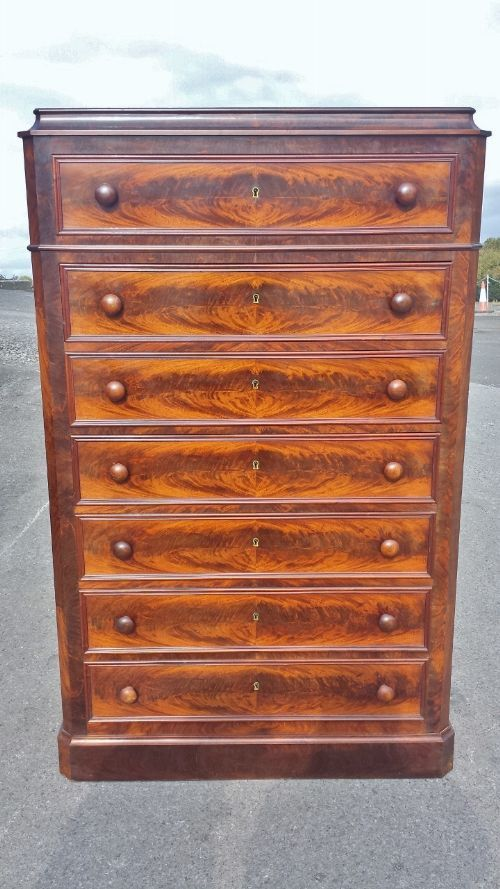 mahogany chest of drawers c 1870