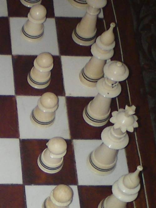 ivory chess set - photo angle #2