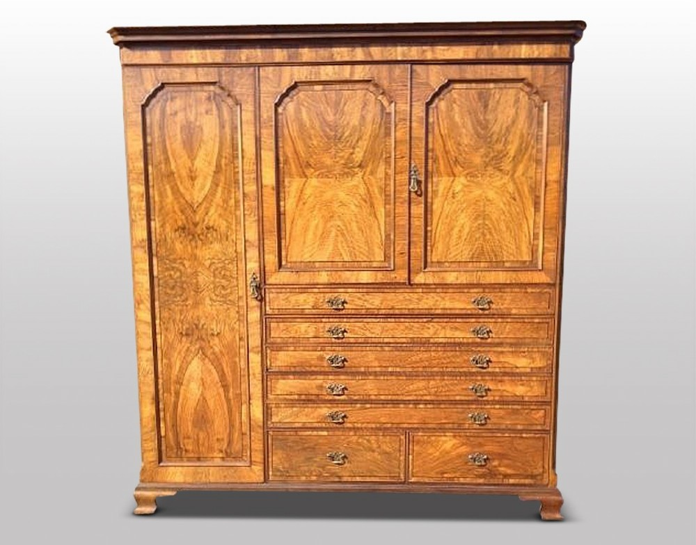 wardrobe c 1920 walnut