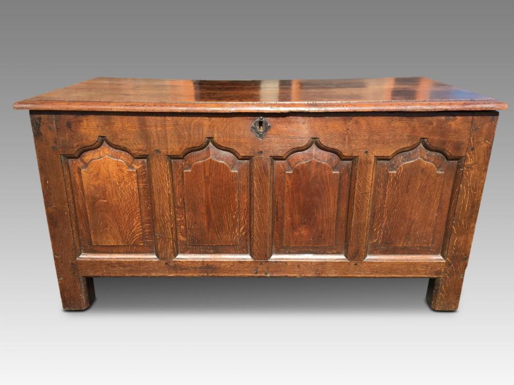 oak coffer 18th century