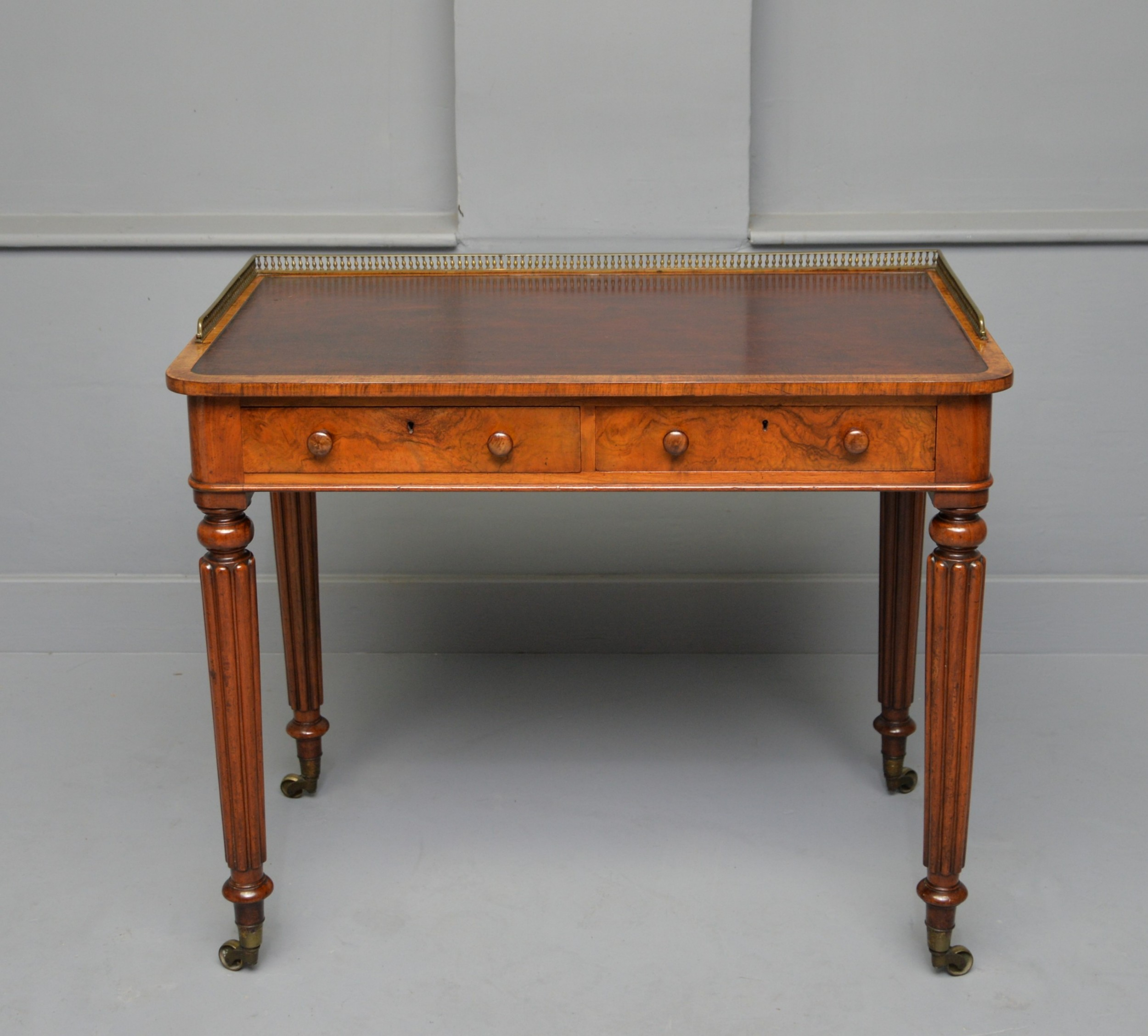 fine quality gillows design walnut writing table