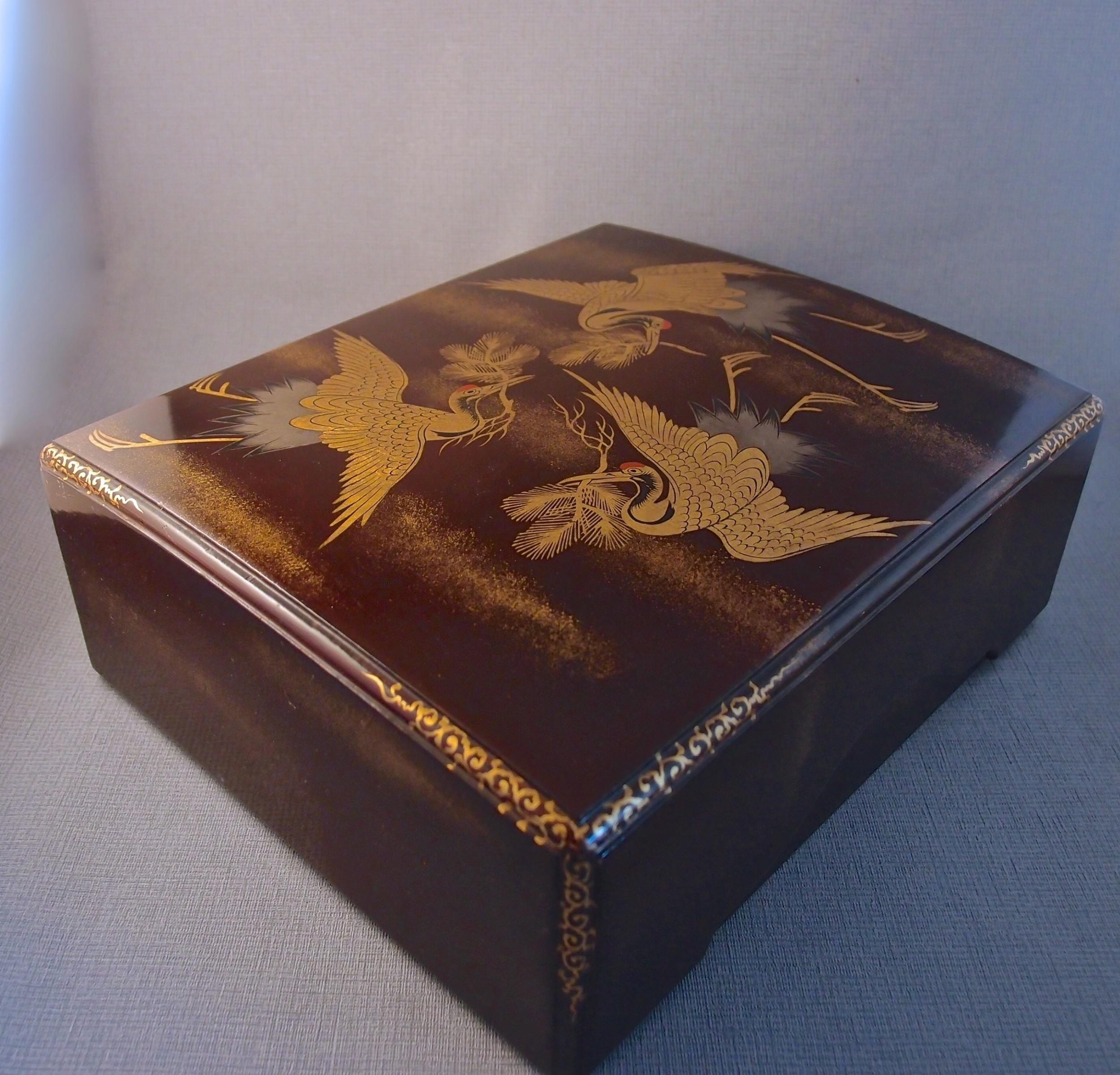 meiji period japanese lacquer box provenance