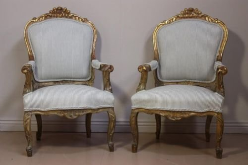 pair of large carved giltwood french antique armchairs - Pair Of Large Carved Giltwood French Antique Armchairs 73950