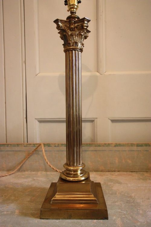 Marvelous Edwardian Antique Corinthian Brass Table Lamp