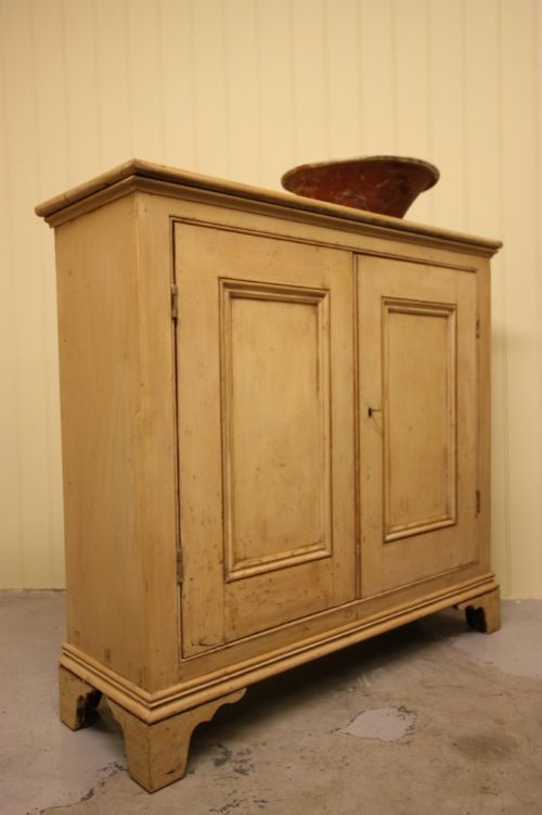 mid victorian antique painted pine cupboard - Mid Victorian Antique Painted Pine Cupboard 192523