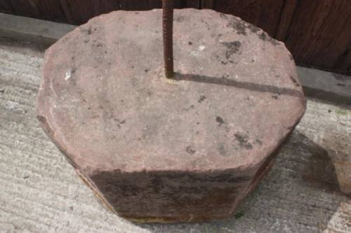 antique sandstone horse mounting block - photo angle #2