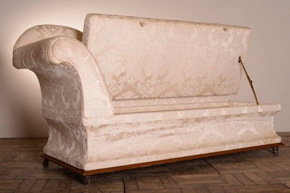 Unusual english antique chaise longue ottoman 265524 for Antique chaise longue uk