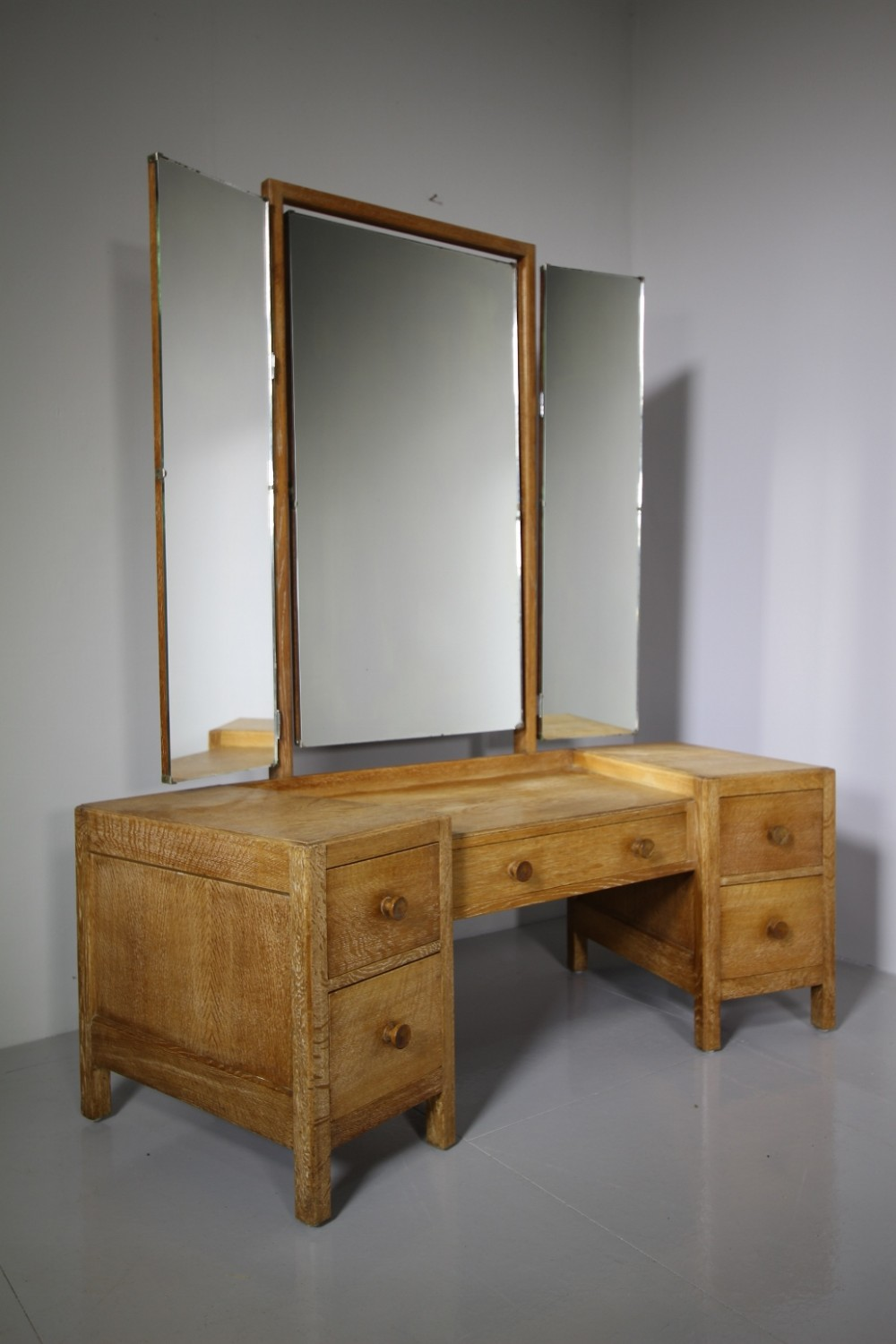 1920's heals oak dressing table labelled