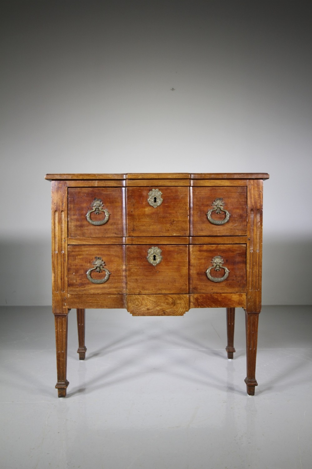 early 19th century antique mahogany commode chest