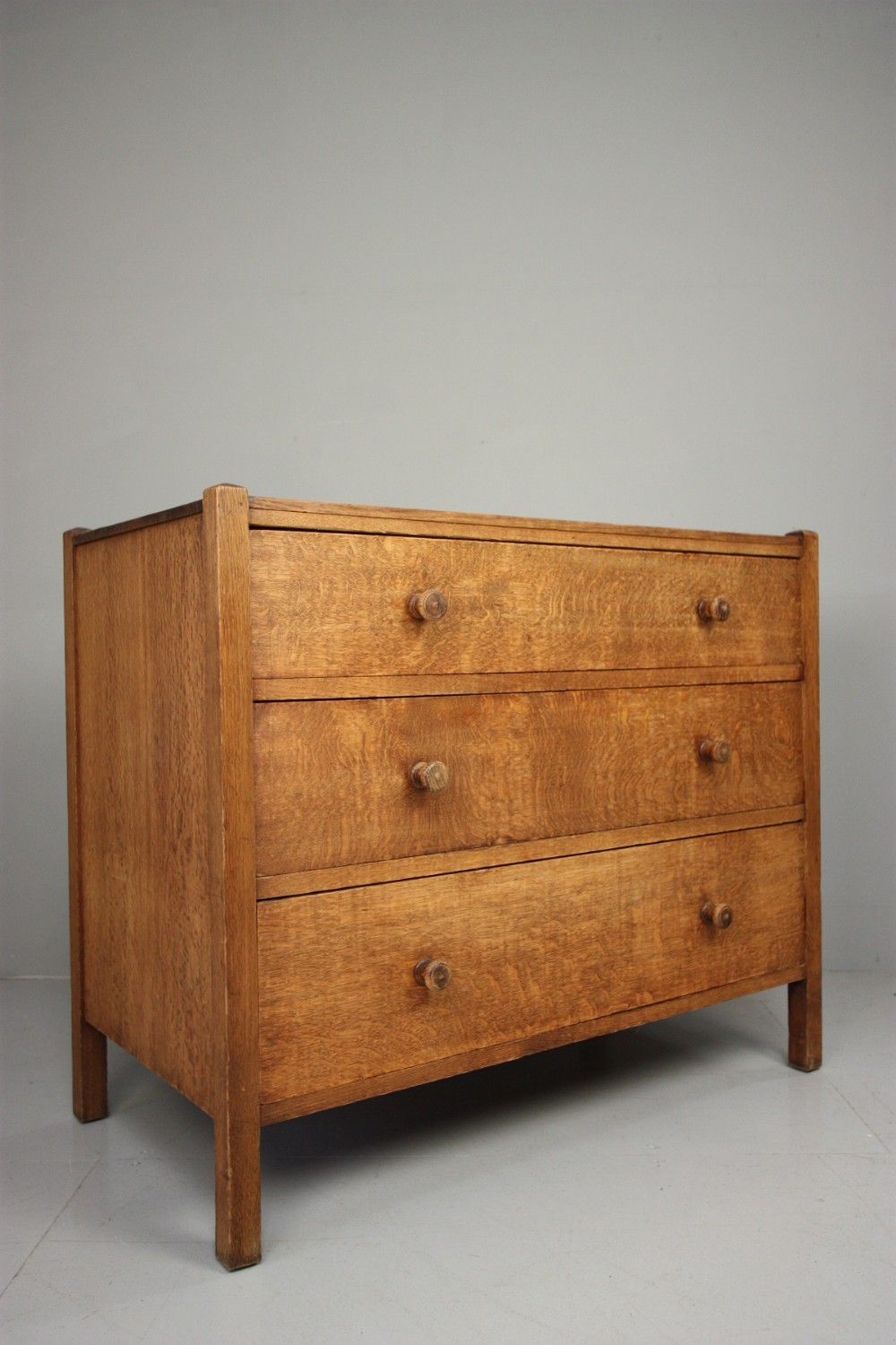 Heals Antique Oak Letchworth Chest Of Drawers
