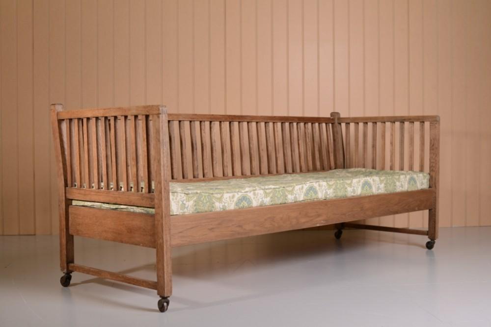 Rare heals antique oak sofa bed 300474 sellingantiques for Heals sofa bed