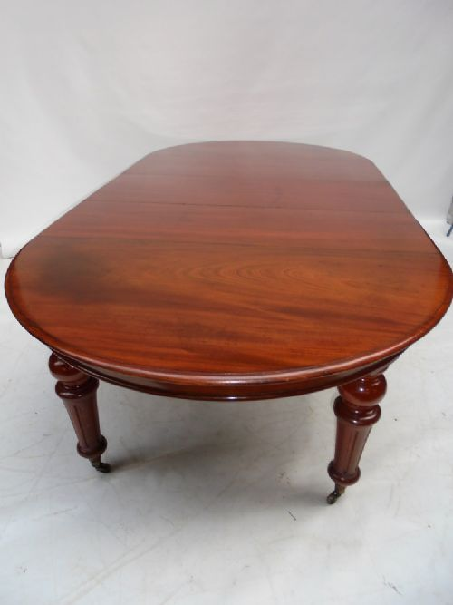 Victorian Mahogany Extending Dining Table 459599  : dealermillersantiquesfull1489406007055 9037507874 from www.sellingantiques.co.uk size 500 x 667 jpeg 25kB