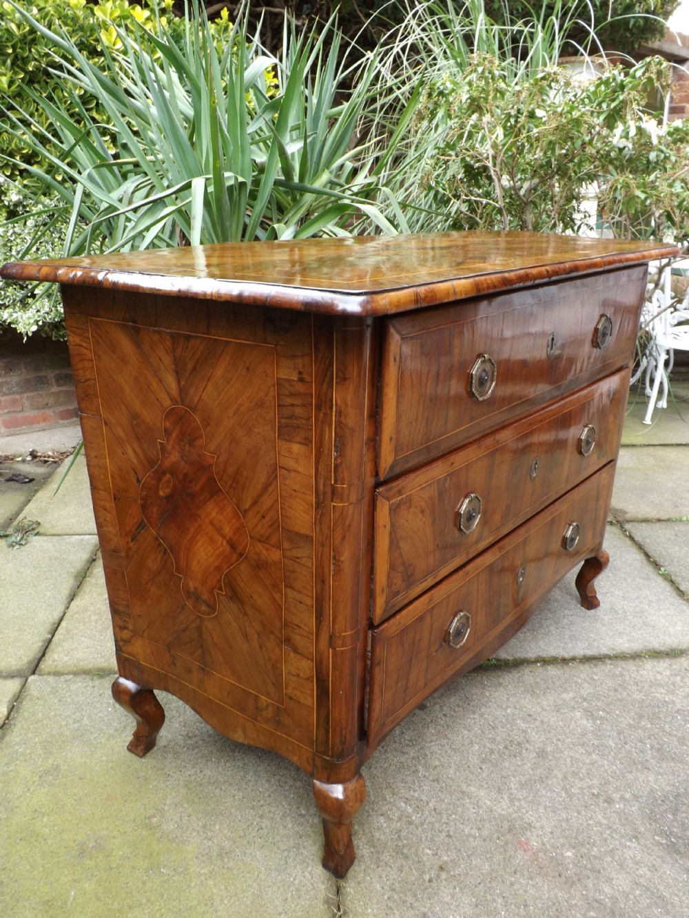 c18th maltese olivewood commodechestofdrawers